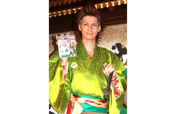 ゲームソフト「侍道4」のCM発表会に出席したJOY