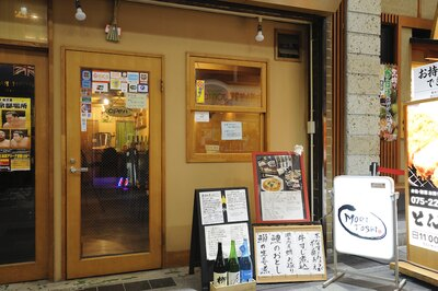もちろん食事だけの来店もOK。週に2度店を訪れて、美味しい料理を楽しんでいる常連客もいる