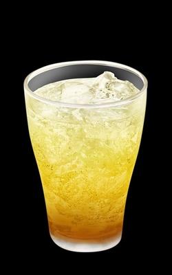 ドリンクの「マックフィズ 黄金桃」(果汁1%)