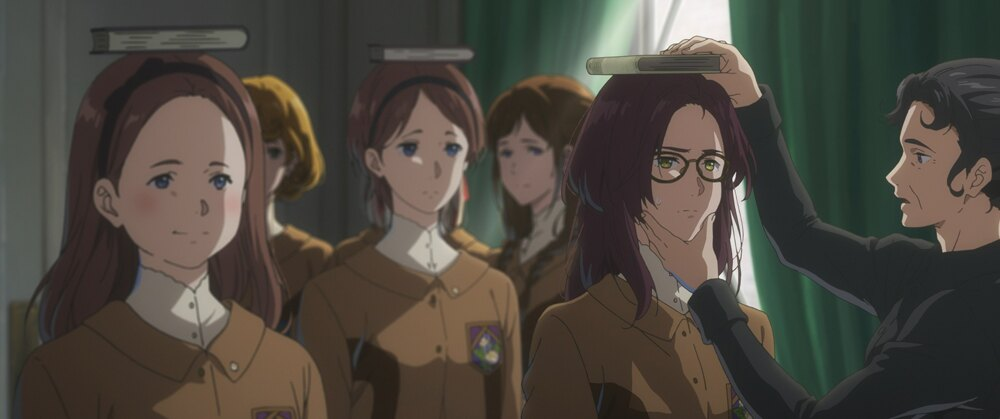 『外伝』の舞台は、良家の子女のみが通う女学校