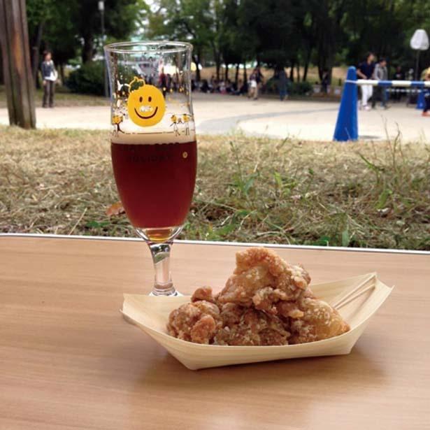 ビールとの相性がいいグルメも多数出店。会場での飲食はチケット制なので先に購入しよう/大阪城クラフトビアホリデイ2019