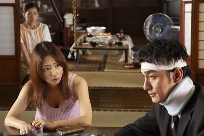 市井監督は役者たちに登場人物表を渡し、それぞれの人物がこれまで生きてきた過去を伝えた。