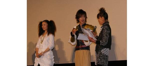 野津友那乃から義理チョコをもらったスペシャルサポーターのDAIGO