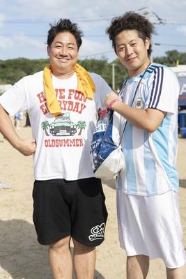 福岡で活動する芸人の川原豪介(ブルーリバー)さんと、上野聖和(土居上野)さんにも遭遇!