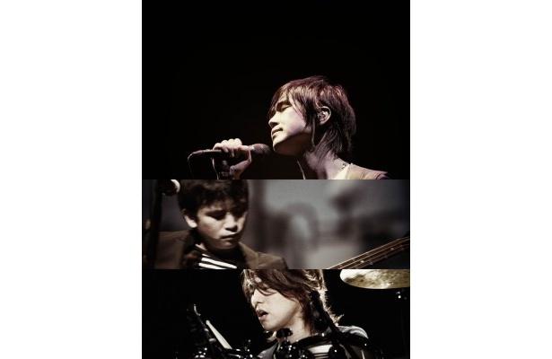 レミオロメンのライブが、日本初の2D&3D音楽同時生中継で放送される