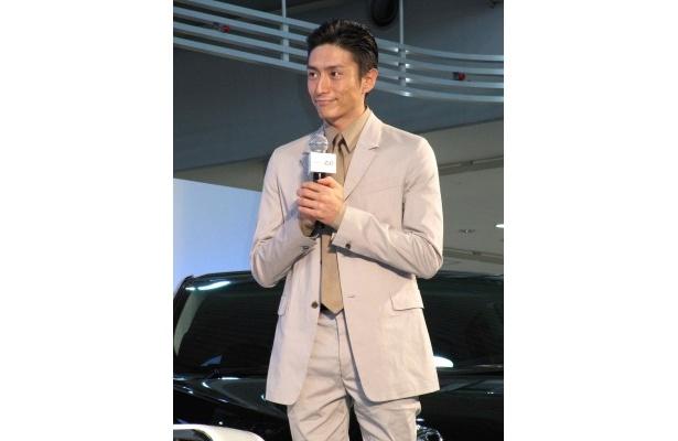 【写真】伊勢谷友介は佐藤に「いろんなことを教えていただいています!」と感謝しきりだった