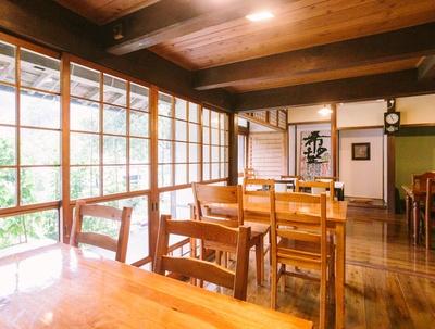 谷のくまちゃん家 / 14:00以降はカフェ利用可。秋はナシの販売も