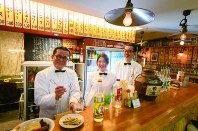 2015年のオープン以来、沖縄料理と個性的な酒のラインナップが話題を呼び、今も安定した人気!/大衆酒場 スタンド ミルクホール