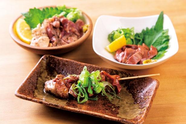 レア肝焼き(162円)や白肝炙り(421円)など、日本酒に合う料理も充実/OSAKA バンザイ酒蔵