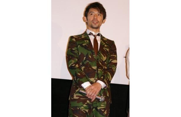 唐沢寿明から「ミリタリーショップの店長みたい」と言われた岡田義徳