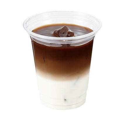 イートインコーナーでは、バーボンウイスキーをブレンドしたドリンク、大人の珈琲牛乳(600円)なども楽しめる/Coffee Taster HAMAYA