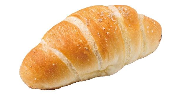 朝の人気ベスト1。塩パン(120円)/カンテグランデ ベーカリー