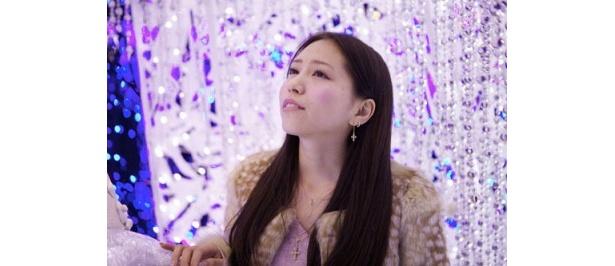 昨年は「仮面ライダーW」などにも出演。歌に演技に活躍の場を広げた河西智美