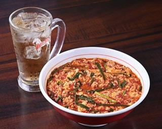 ピリ辛つまみも楽しめる!シメにおすすめの九州の辛麺店2選