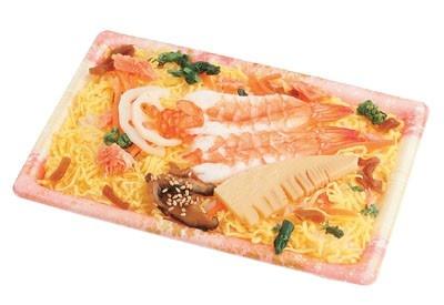 10種の具材がタケノコの甘みを引き立てる!「彩りちらし寿司」(398円)/ローソン ※3月1日発売