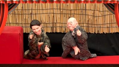 突如始まるテルマとkemioの人形劇