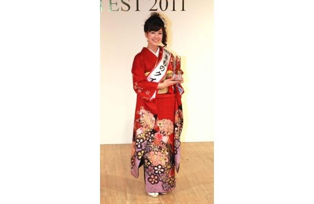 きものクイーン2011に輝いた夏目結加さん(21)