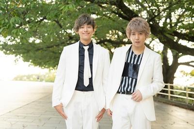 10神ACTORの中島裕貴(左)、坂田隆一郎(右)