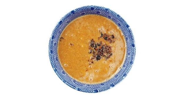 「麺や 百日紅」の「二段味変味噌つけ麺」の味噌煮干しスープ