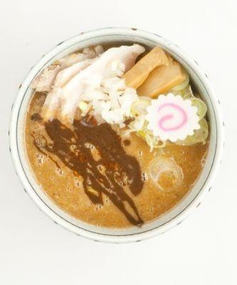 「銀座 朧月」は「濃厚つけ麺」(800円)を販売