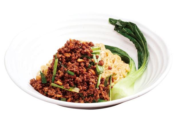 陽龍 / 「汁なし担々麺」(800円)。自家製ラー油の辛味と練りゴマのマイルドさが絶妙