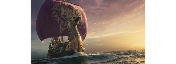 朝びらき丸乗って航海するルーシーたち