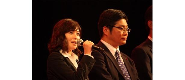 SPの同僚・笹本絵里役の真木よう子。颯爽としたスーツ姿もこれで見納め