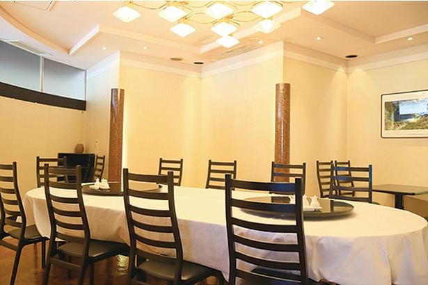 チャイニーズテーブル SHISEN / 個室もあり、家族連れでも気兼ねなく利用できる