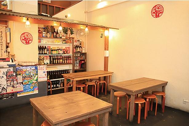 チャイナワン / テーブル席のほか広い座敷もあり、ゆったりと食事できる