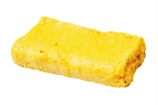 ダシが染み出るふわふわ感が自慢の京だし巻き(小・360円)。一日に何度も焼き、できたてを提供している/田中鶏卵