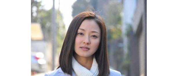 「恋する日本語」の最終回ゲストとして登場する中越典子が自身の芝居や恋愛観について語る