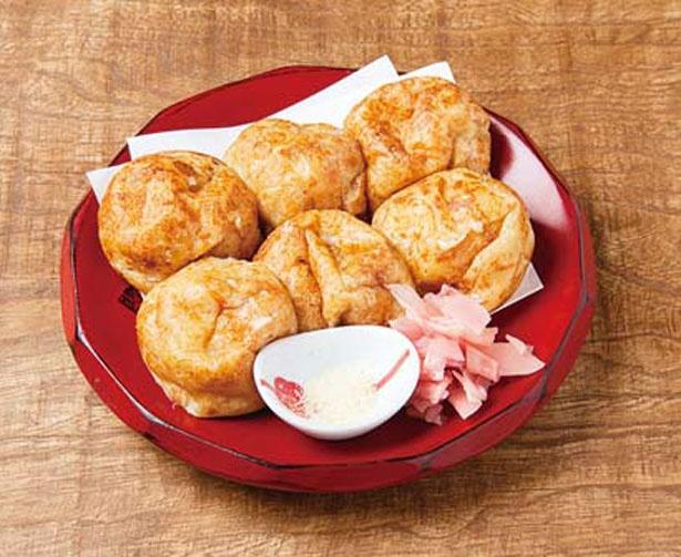 すっぴん(6個324円)。水を使わず、鶏白湯&カツオ昆布ダシで作ったタコ焼きはソースなしが一番/大衆酒場 ながはま
