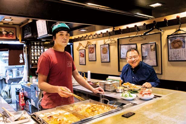 「子持ちイカやしろ菜など、夏限定の関東煮も用意しています。また、関東煮以外の一品料理もそろっているのでぜひ」と、店長の安藤政彦さん/たこ梅 北店