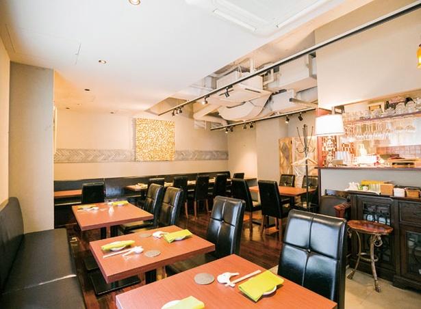 台湾餐廳 有樂 / 会食やデートにもぴったりの、シックでおしゃれな雰囲気の店内