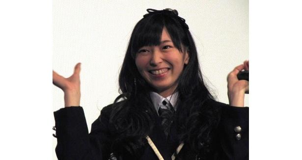 大矢真那は「M・A・S・A・N・A 真那~!」とコンサートで、おなじみの自己紹介で会場を盛り上げた