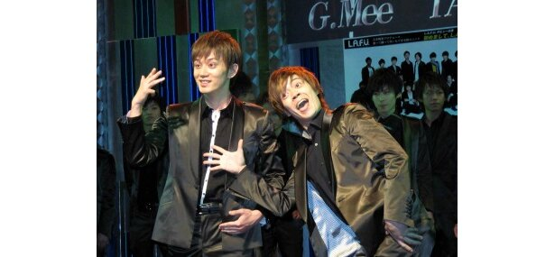 G.MeeとTACKTはコミカルな一面も(写真左から)
