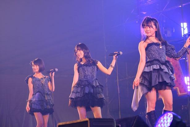 左から田中皓子(STU48)・西川怜(AKB48)・土路生優里(STU48)