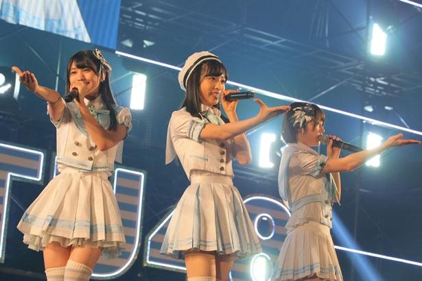 左から大谷満理奈(STU48)・小栗有以(AKB48)・甲斐心愛(STU48)