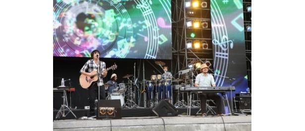 【写真】スキマスイッチや西野カナ、遊助…ライブの模様をチェック!