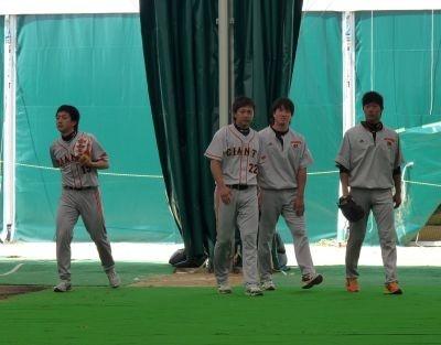 キャッチボールに参加した4人の投手陣