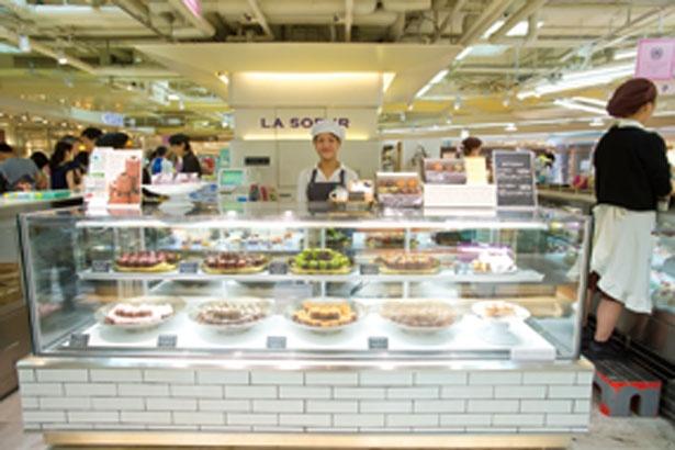 阪神梅田本店内なので駅からのアクセスも快適/LA SOEUR 阪神梅田店