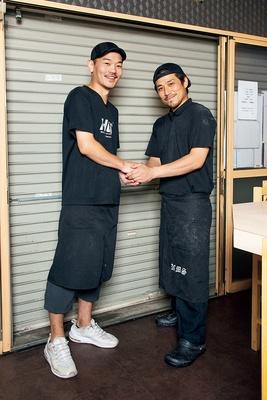 左、「地球の中華そば」店主・樋上正径さん 右、「中村麺三郎商店」店主・中村健太郎さん