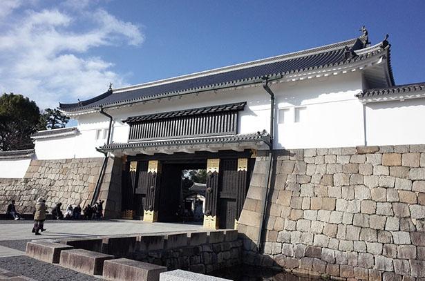京都府・二条城を筆頭に、各地の城では平成最後&令和最初の御城印を求める列ができた