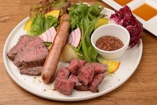 黒毛和牛を希少部位まで余すことなく楽しめる肉バル「デル・ソーレ」