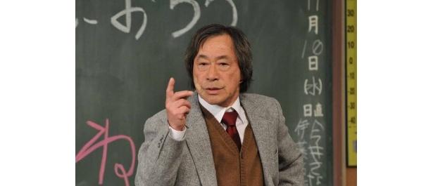 """足かけ32年、金八先生を演じてきた武田鉄矢。「きれいな日本語ではっきりと""""さようなら""""と言える番組になって本当によかった」"""