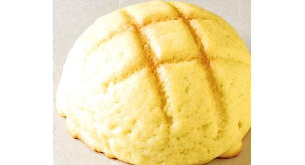 「どんぐりの里 いなぶ」(愛知県豊田市)の米粉を使用した「もっちりメロンパン」(1個160円)