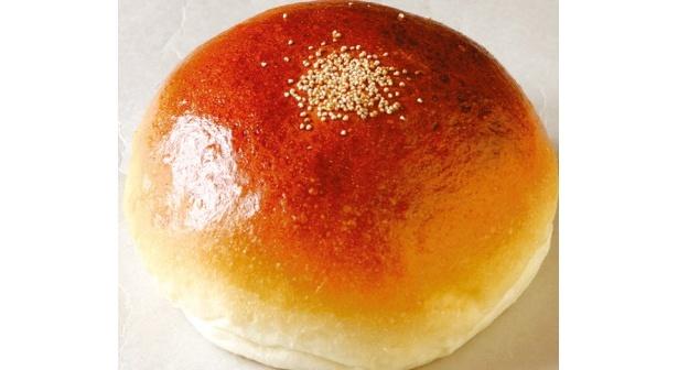 「どんぐりの里 いなぶ」(愛知県豊田市)の米粉を使用した「こしあんパン」(1個110円)
