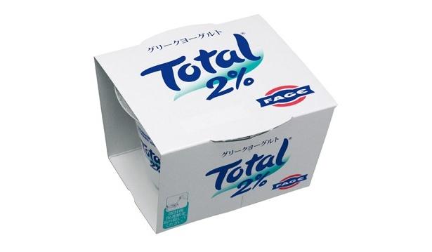 乳脂肪率は0%、2%、10%の3種類あり「トータルグリークヨーグルト 2%(170g)」(598円)