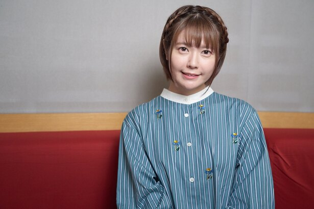 YouTubeチャンネル「CV部」に登場した竹達彩奈