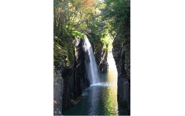 高千穂峡 / 峡谷・滝・紅葉全てのバランスが美しい